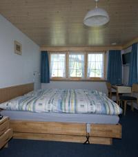 Für unsere Hotelgäste sind Gasthaus und Bad täglich offen